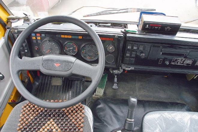 Интерьер грузовика