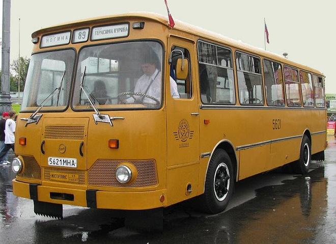ЛиАЗ 677-М
