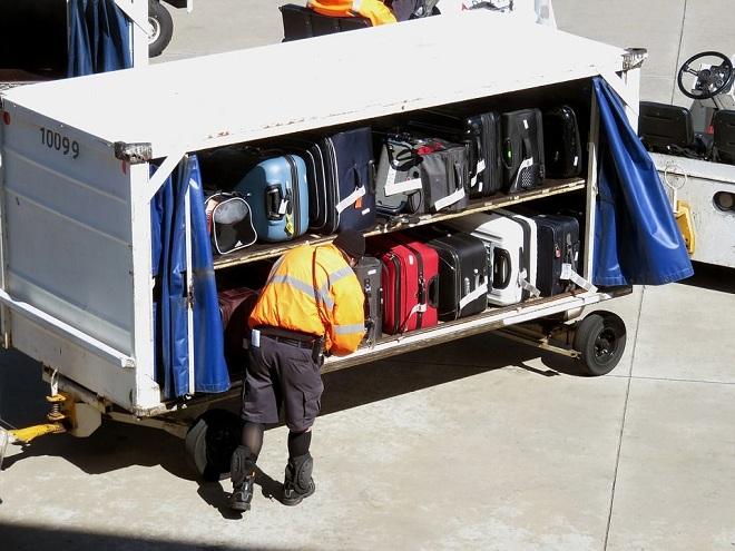 Жидкости в багажном отсеке