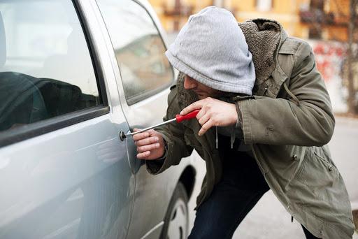 Угнали машину страховая отказала в выплате