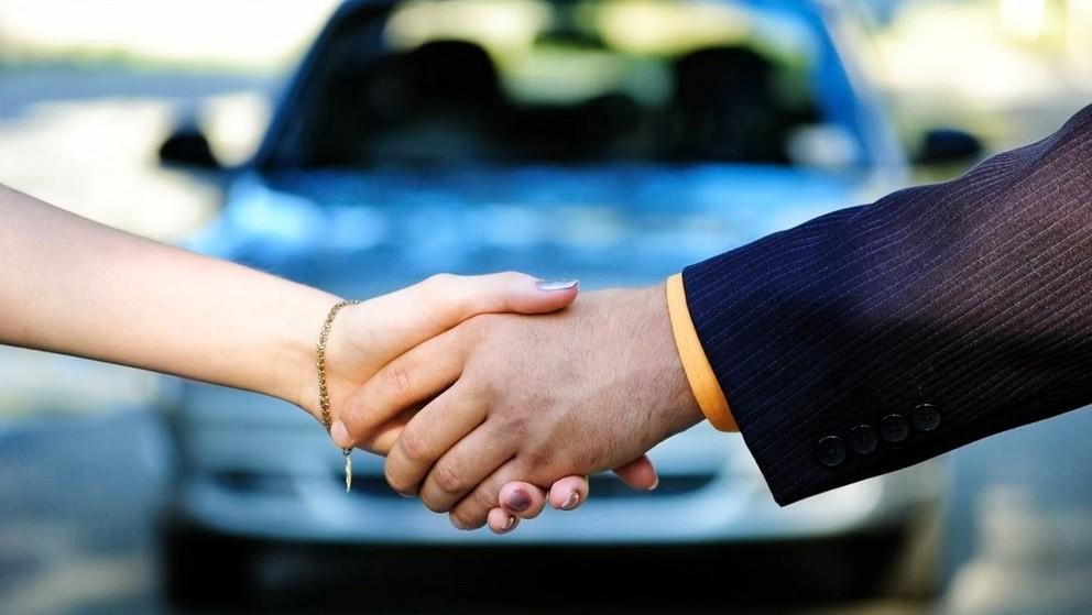 Как оформить продажу автомобиля между физическими лицами